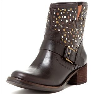 🚨Lucky Brand Hidee 2 Studded Boots